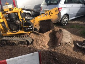 Stump grinding, yellow stump grinding machine